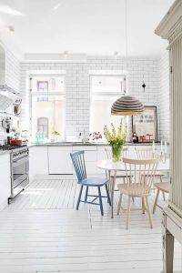 white wash kitchen